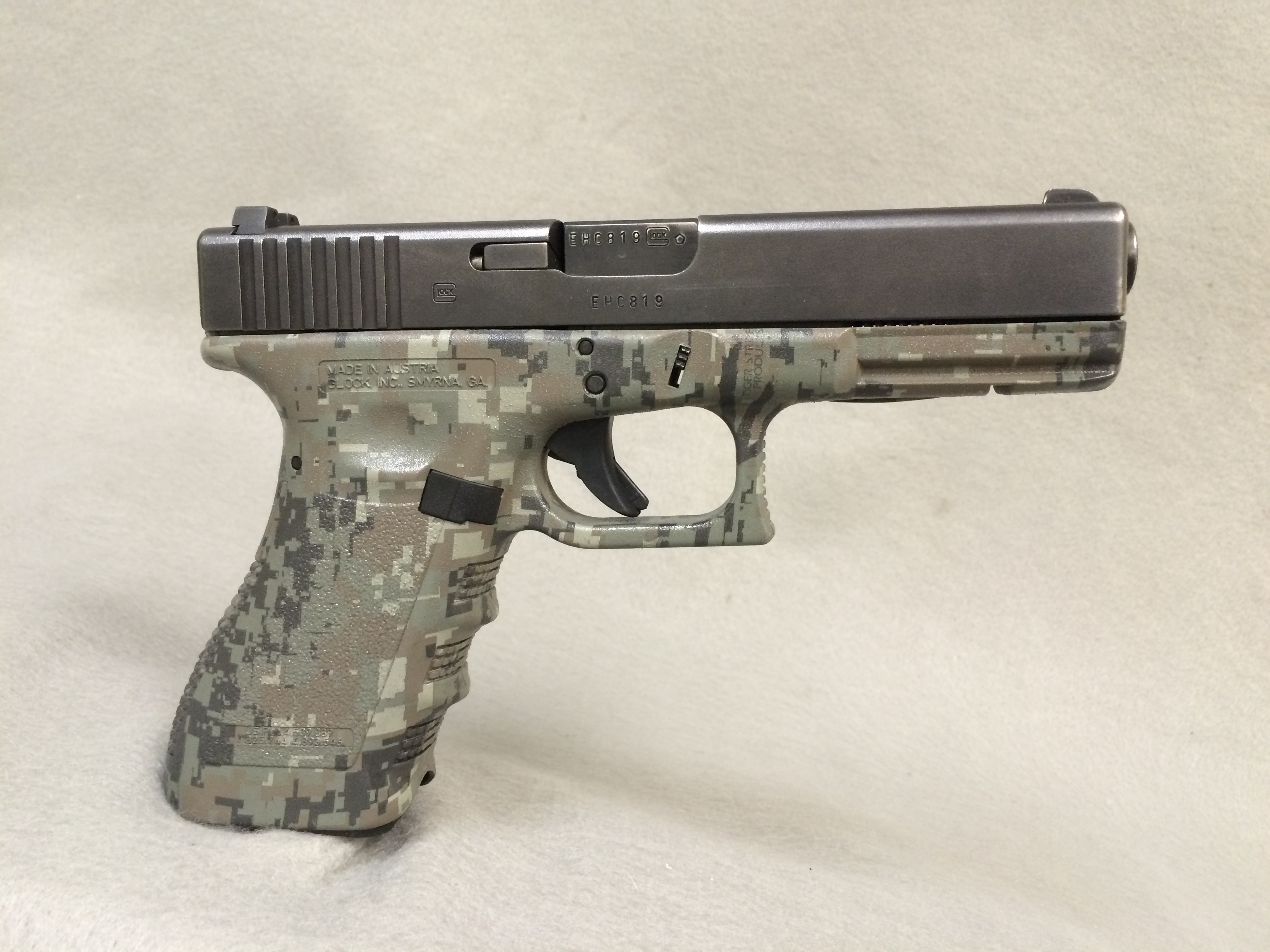 Glock 22 with USMC Digi Pattern on frame